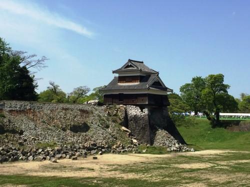 戌亥櫓(いぬいやぐら)地震後1