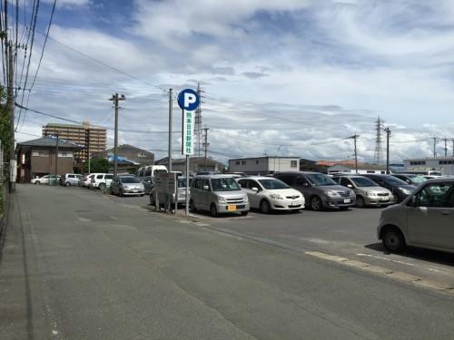 熊本日日新聞駐車場